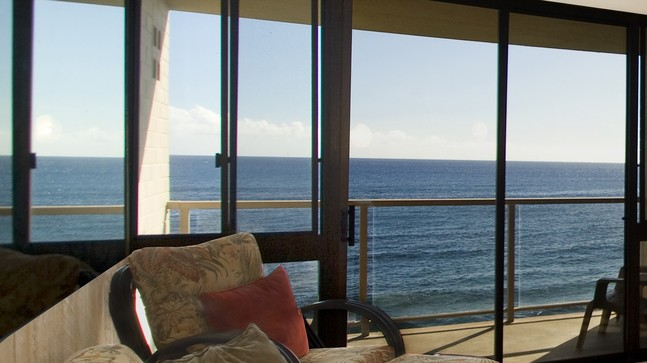 Kuhio Shores Family Room Oceanfront Condo View